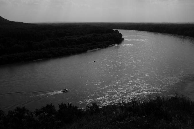 Flußaufwärts
